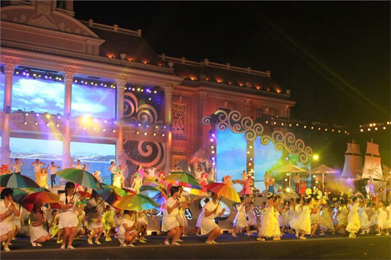 the festival tour